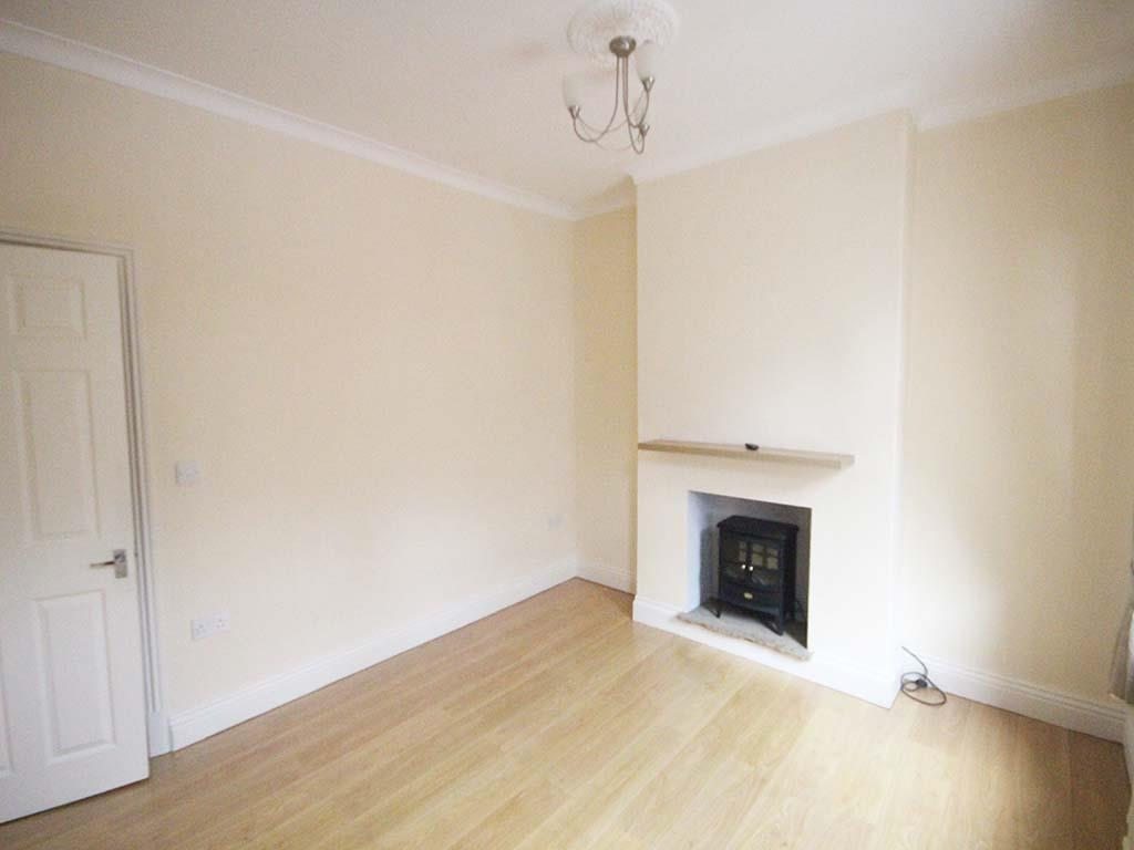 2 bedroom mid terrace house For Sale in Barnoldswick - IMG_7379.jpg